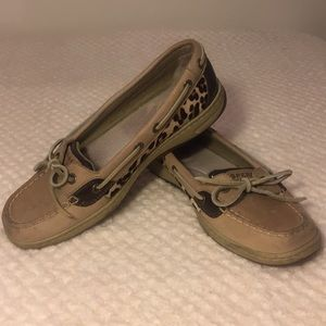 Sperry Top Sider leopard print boat shoes- 8.5